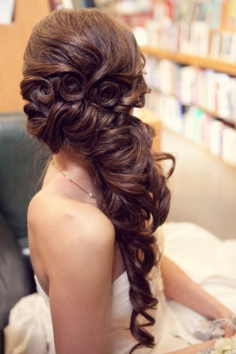 danielle-griffin:  prom hair. can't decide.