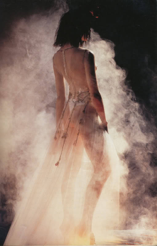 bienenkiste:  Antonio Berardi's Voodoo collection, Fall 1997 Ph. Niall McInerney