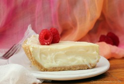 "veganfoody:  ""Greek Yogurt"" Cheesecake (GF)"