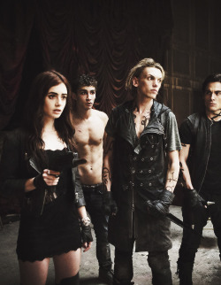 mine movies Robert Sheehan tmi the mortal instruments Jace Wayland stills 2013 clary fray Kevin Zegers jamie campbell bower City of Bones alec lightwood simon lewis maker:mandy lily colins