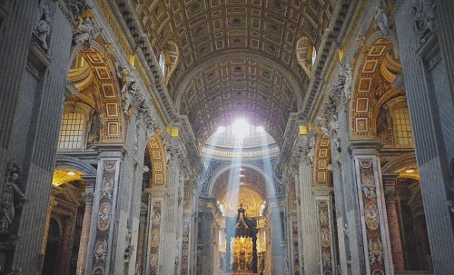 regattasandreppties:  Basilica di San Pietro in Vaticano Summer 2013.