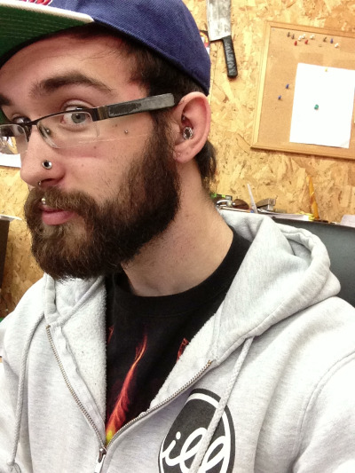solarcoaster:  Dude my beard is getting crazy. Also, it's been 9 months since my lobes were sewn up.