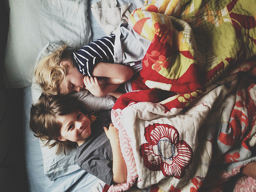 underthecarolinamoon:  Sweet siblings.