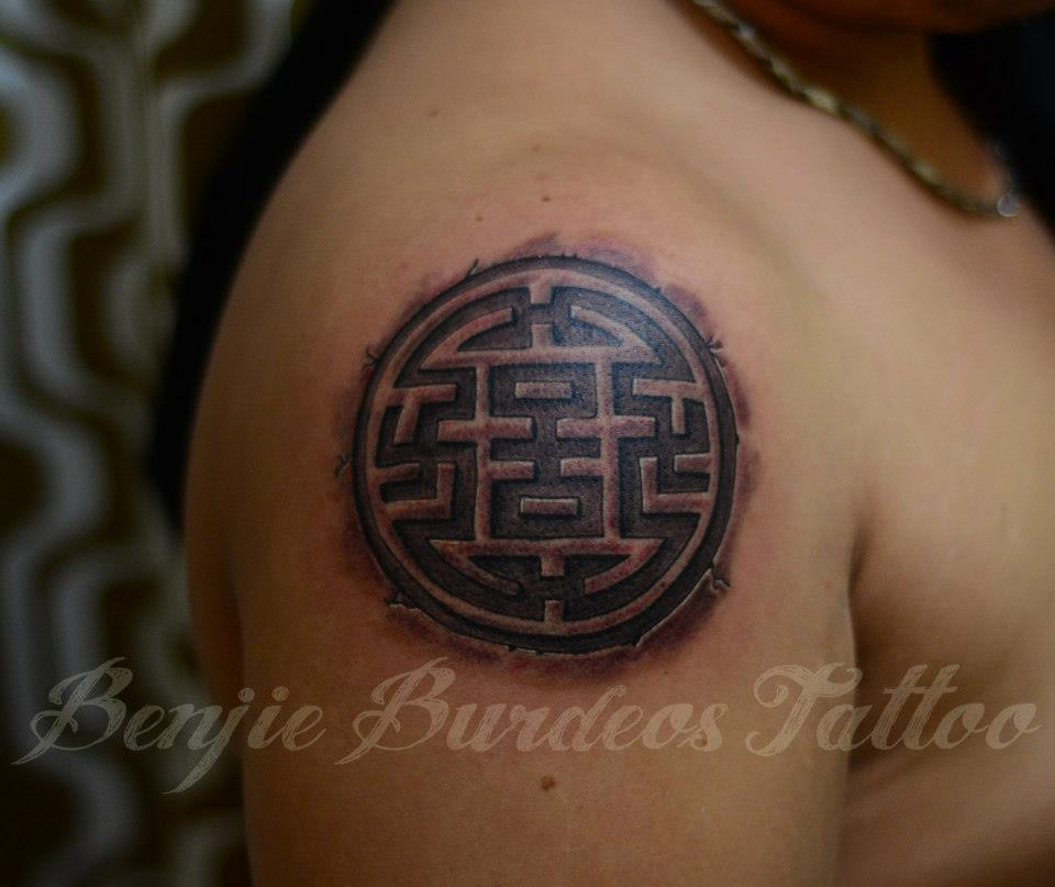 swastikatattoo:  tattoo by Benjie Burdeos