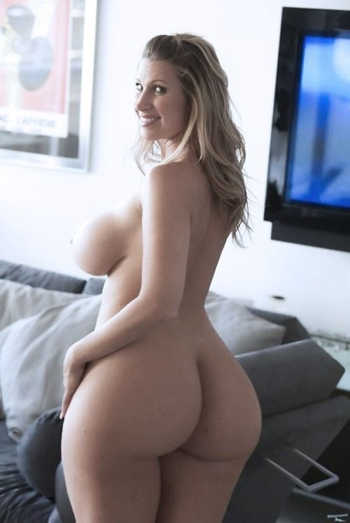 bustylovertits:  WOW… Perfect!!!!! I love HUGE b( ⊙ Y ⊙ )bs and massive areolas!!!!!!!! Submit your busty pics: busty.lover.tits@gmail.com