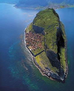 tremblingcolors:  Monemvasia, Peloponnese, Greece