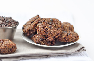 fruitandtea:  Chewy Chocolate Quinoa Cookies // Vegan & Gluten-Free (click image for recipe.)