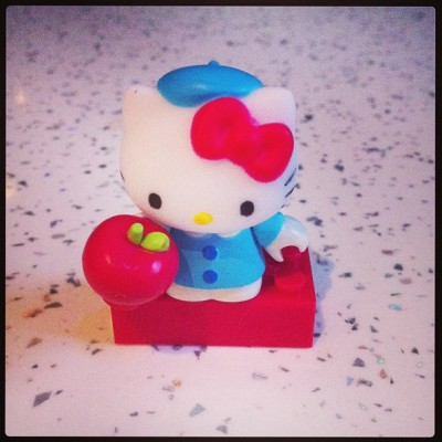 My Hello Kitty present #hellokitty #present #cute #toy #megabloks (at Michelle's Pad)