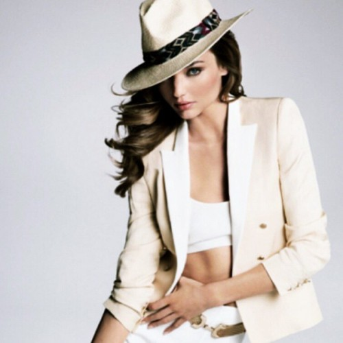 @mirandakerr for Mango fashion 💖👠👒💋 You're my forever idol! #MirandaKerr #Mango #fashion #icon #PhotoOfTheDay #model #VSangel #VSmodel
