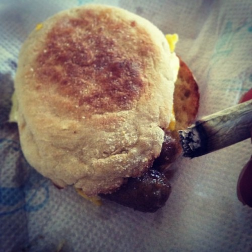 Breakfast and a joint #SausageEgg&Cheese on an #EnglishMuffin #420 #StayLifted