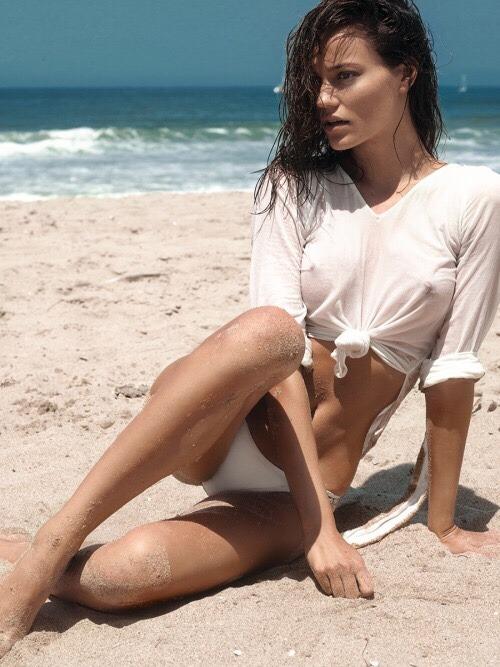 amanda bynes bikini