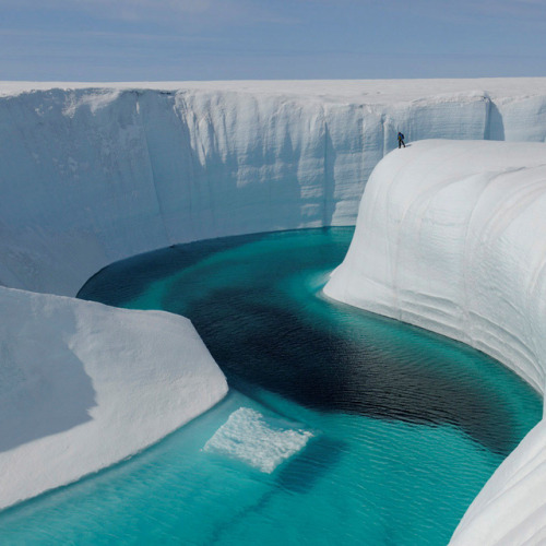55mint:  Ice Canyon @ Greenland by TomVMorris