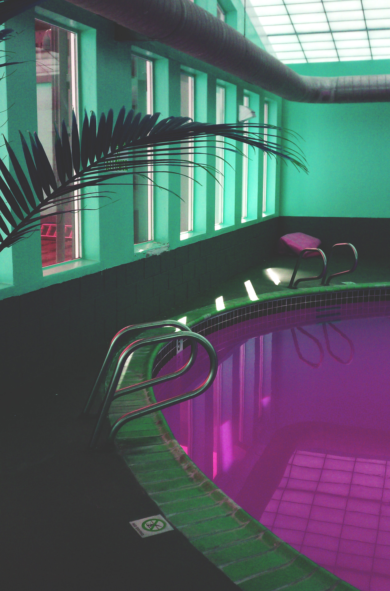 mvchines:  Edit of a pool I was at tonight