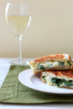 Spinach And Artichoke Grilled Cheese recipe from Annie's Eats