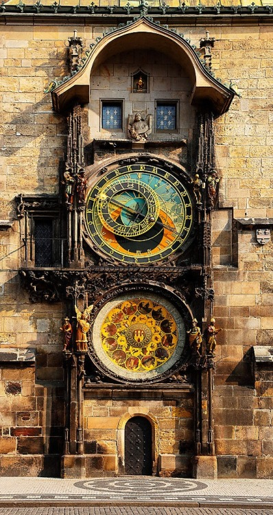 dyingofcute:  Astronomical Clock, Prague, Czech Republic