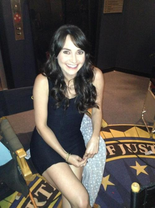"Guest actress @karaluiz AKA Liz Leonte on the set of #CriminalMinds 8x23, ""Brothers Hotchner""."