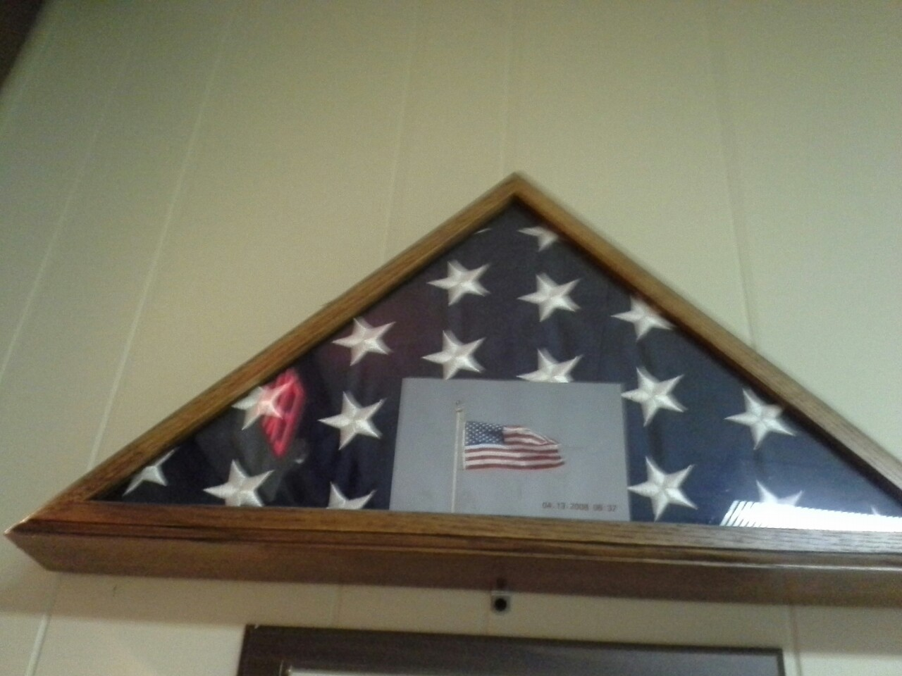 Flag in a tryangle box