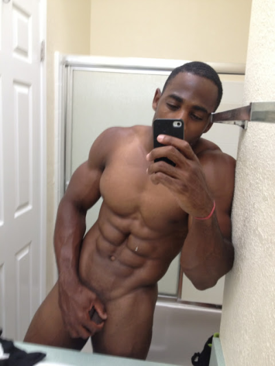debonairgotjuice:  freakxxl:  #FreakXXL Sexy freaky nigga from Cali  OH MY! YESSS!!! This is close enough for me, I've been waiting for him since I discovered this nigga & his body:)