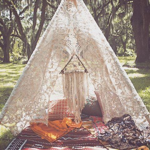tent design camping bohemian boho boheme photoshoot