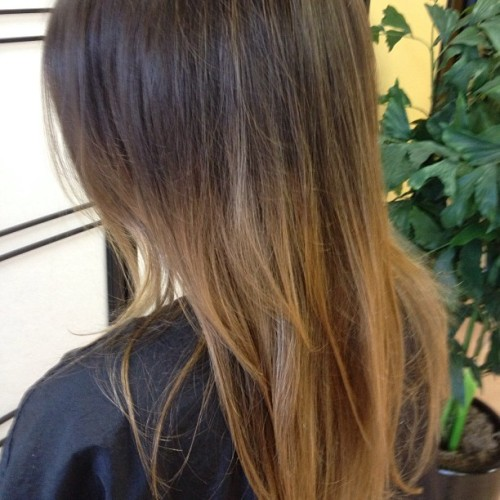 #balayage #stuartflorida #paulmitchell #thecolor #kristofferandrewssalon share if you care!!! #modernsalon  (at kristoffer andrews salon)