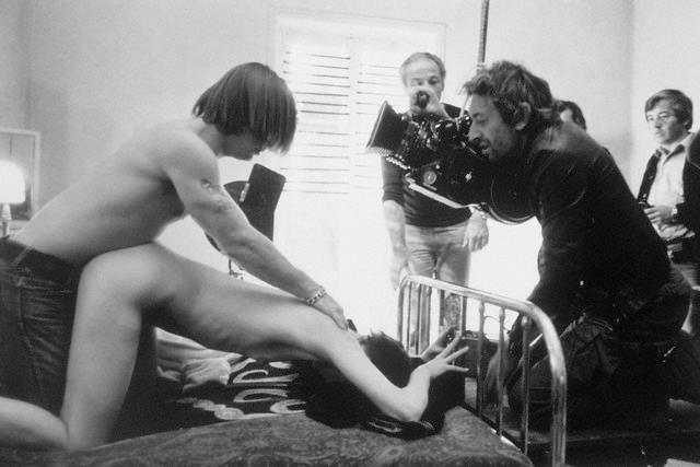 "romexparis:  Serge Gainsbourg filming Joe Dallesandro and Jane Birkinon set of ""Je t'aime, moi non plus"". France, 1975."