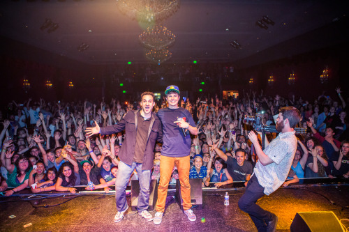 watskyblog:  Forgot to mention that Ben Savage showed up… epic night. Photos by Eleanor Stills  I see myself, do you?