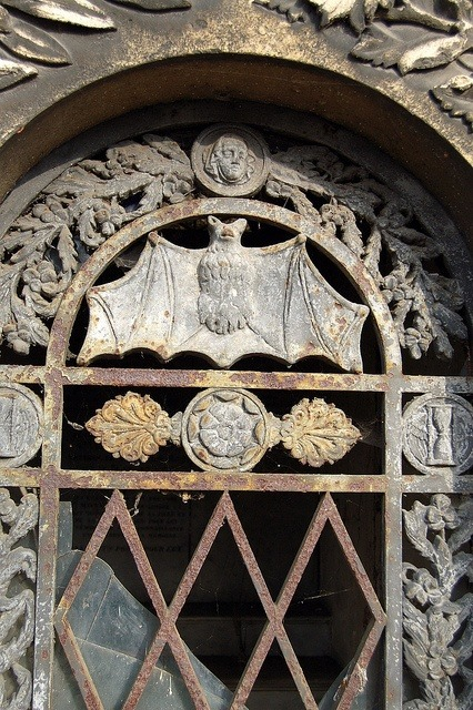 linxy-zn:  Bat detail on a crypt door, Pere Lachaise Cemetery, … | Pānoptikón. on We Heart It - http://weheartit.com/entry/61973524/via/linxy_zn Hearted from: http://pinterest.com/pin/545920786050622450/