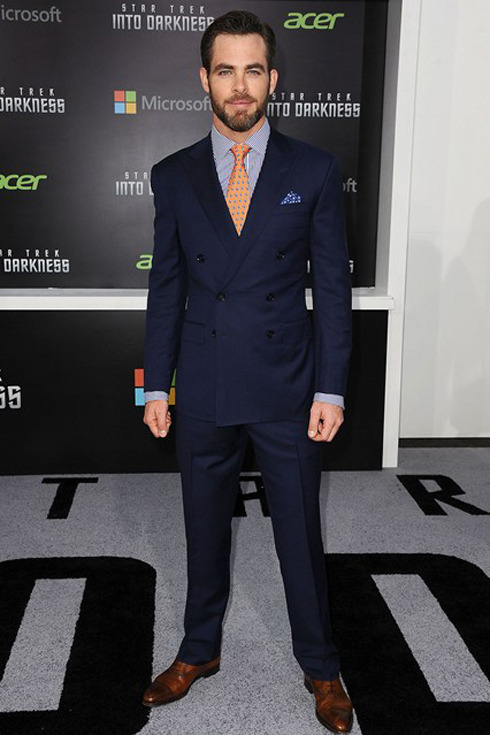 Most Stylish of the Week  Chris Pine suited up in Ralph Lauren Purple Label to the 'Star Trek Into Darkness' premiere in LA. ☚Nicely done Sir.