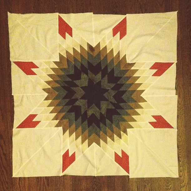 The center of my lonestar quilt bedspread is done being pieced #quilting #lonestar #creativesideprojects #uptoolate
