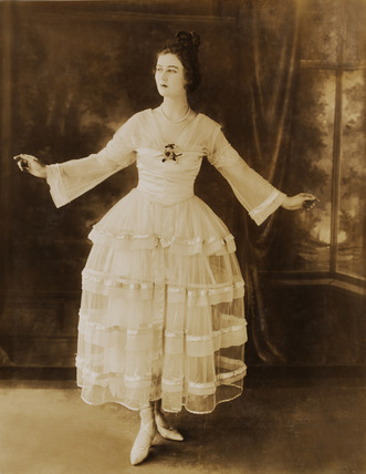 "kittyinva:  1915 Lucile design ""Youth"" designed for and worn by dancer Florence Walton."