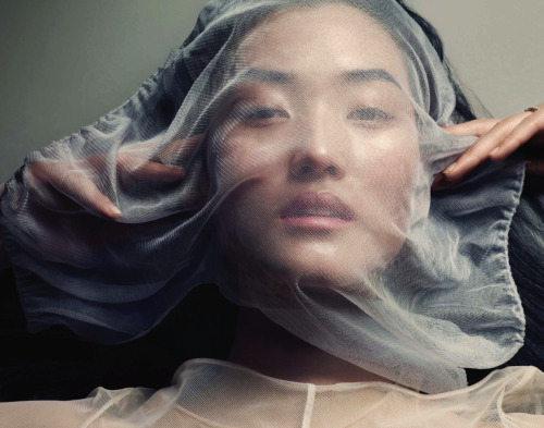 suicideblonde:  Lina Zhang photographed by David Slijper for Vogue China, April 2013
