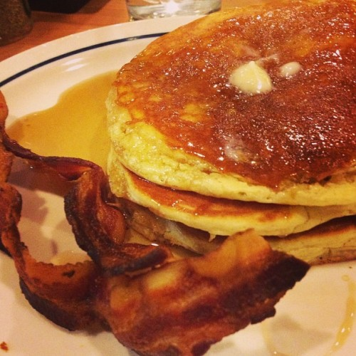 Pancakes and bacon. Two of my favorite breakfast foods at 11 at night.