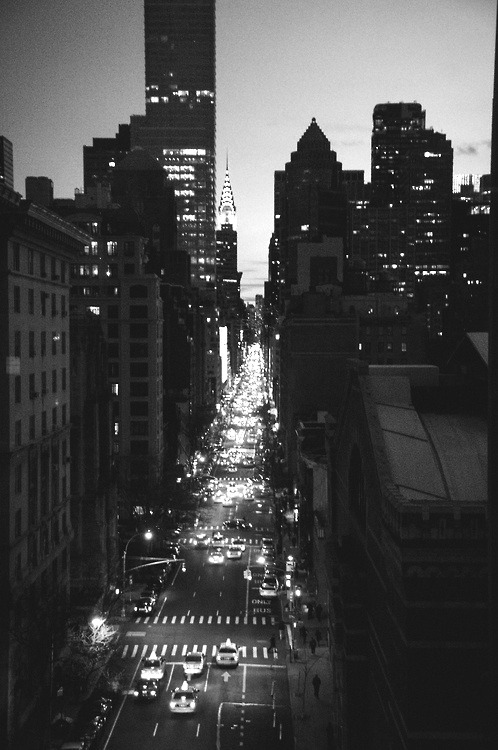africanondaloose:  The city that never sleeps
