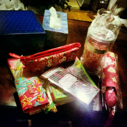 @sheslivinla_vida_loca got me these wonderful gifts. Best sistaa ever
