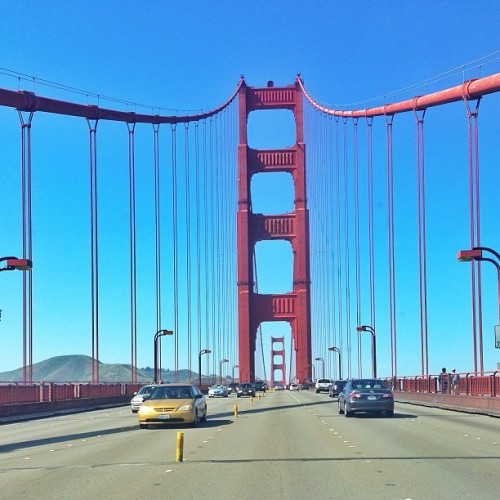 What a beautiful day to be in the city ! #sf #sanfrancisco #goldengate # bridge #city #nofilter #snapseed  (at 73 Golden Gate Transit)