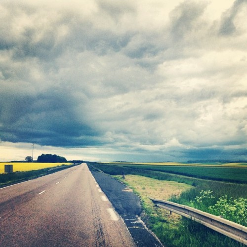 #champagne #france #road #amazing #sky  (at Res Champagne A304)