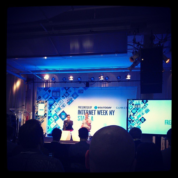 Fred Armisen is killin' it at #iwny !