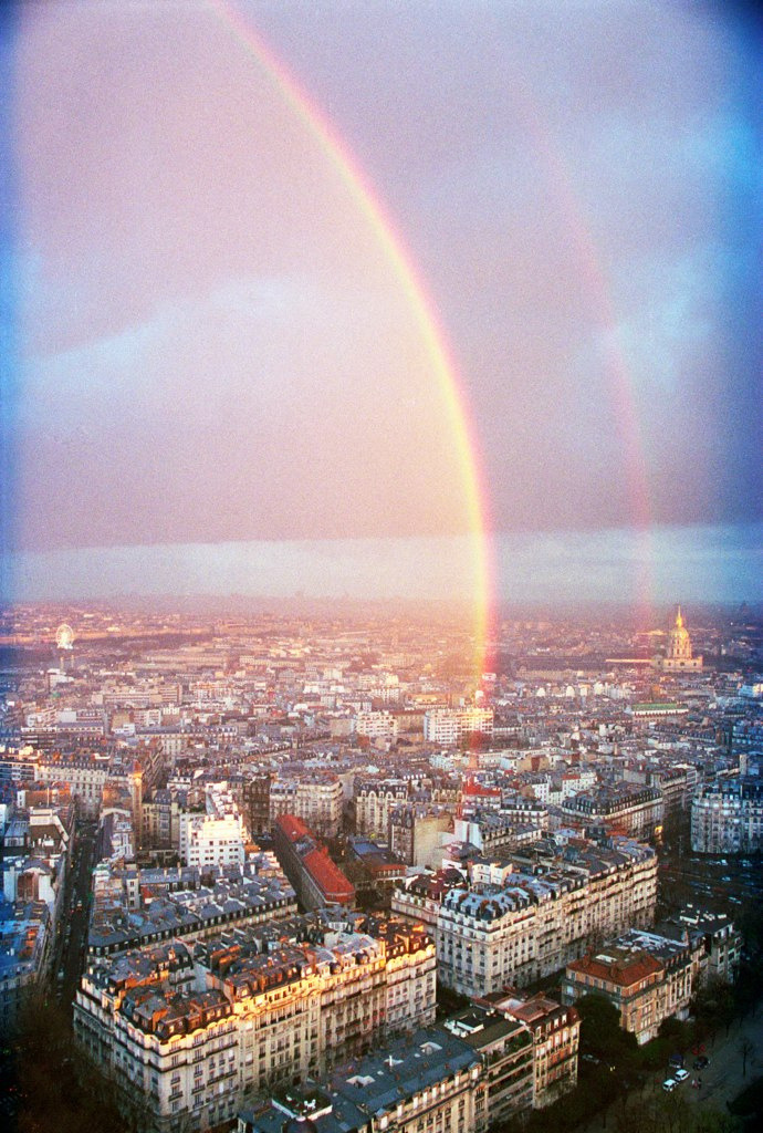 senerii:  Rainbow over Paris by philosli on Flickr.