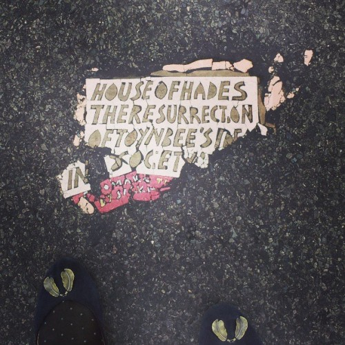 Almost got run over photographing this #toynbee street thing. #NYC #flatiron