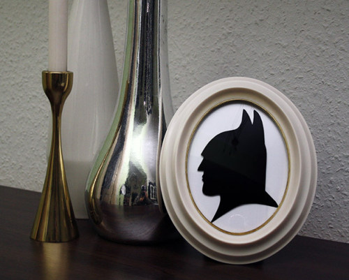 truebluemeandyou:  DIY Superhero Silhouette Tutorial from Don't Interrupt Me - I'm Talking to Myself! here. For little kids you could do Shrek who has a really good silhouette and others. First seen at Decor Hacks here. How much do I love unconventional silhouettes? Here is a post where I showed off my cockatoo's silhouette here and more silhouettes here: truebluemeandyou.tumblr.com/tagged/silhouette  unicornhatparty: I can think of so many silhouettes to do for a child's room. Also a trick I've learned is that kids' coloring books often have images that can easily be turned into silhouettes.