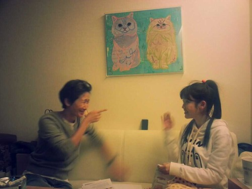 IU with director Hwang Soo Ah before the filming of Japanese MV (cr: bongsamee twitter)