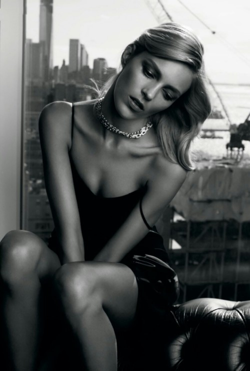 fashionfaves:  Anja Rubik by Victor Demarchelier