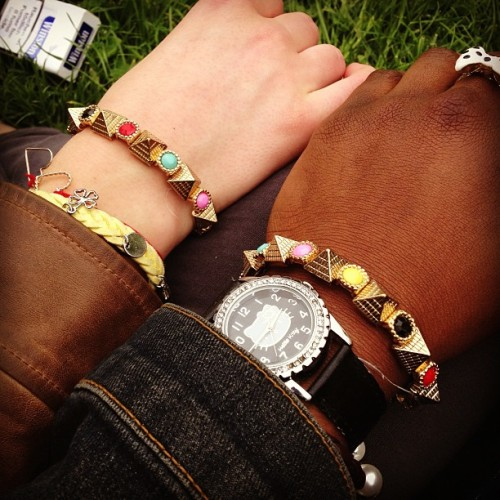 Same bracelet with my baby 😍 (à Bercy Village)