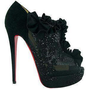 these shoes would look pretty good on me! :)