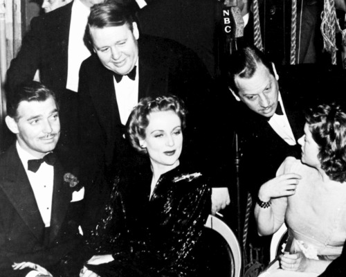 Clark Gable, Carole Lombard, Charles Laughton, Melvyn Douglas and Myrna Loy attending the Greek war relief, c. 1941.