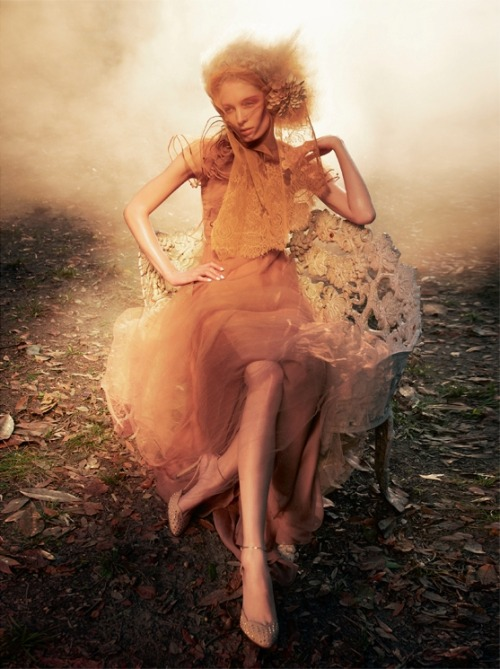 "stormtrooperfashion:  Melissa Tammerijn in ""A Dreamy Touch"" by Sølve Sundsbø for Vogue Italia, February 2011"