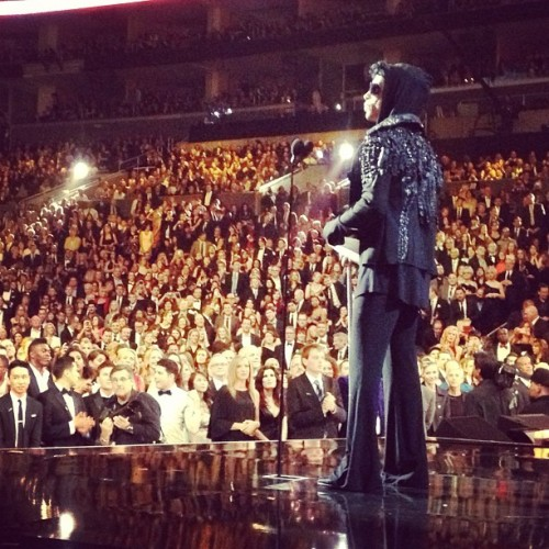 lovesexyistheone:  from the back ~ Grammys 2013 ` Prince