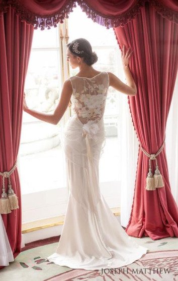 clairepettibone:  Claire Pettibone 'Willow' wedding gown   Photographed by Joseph Matthew Photography for Karen Tran Florals' Downton Abbey themed shoot in London
