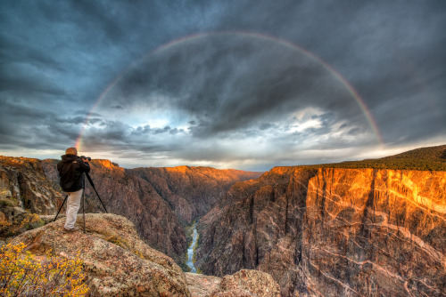 americasgreatoutdoors:  A beautiful sunrise Black Canyon of the Gunnison National Park last October. Complete with a #rainbow over the canyon.