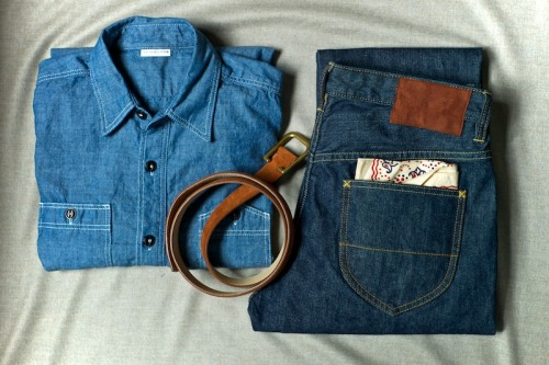 ethandesu:  Ready for the weekend Armoury Denim 'Mechanic' in selvedge chambray Armoury Denim 'Westerner' in left hand selvedge denim Simonnot Godard suede belt with Parisian cast brass buckle The Real McCoys Bandana in cotton